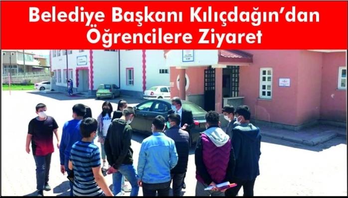 Belediye Başkanı Kılıçdağın'dan Öğrencilere Ziyaret
