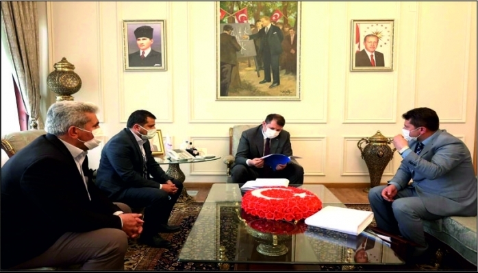 Sızır Belediye Başkanı Tamer  Vali Salih Ayhan'ı Ziyaret Etti